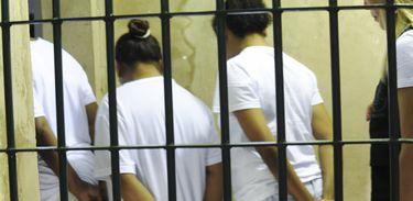presas detentas