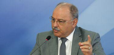 O ministro do Gabinete de Segurança Institucional, Sérgio Etchegoyen, durante entrevista coletiva, no Palácio do Planalto.
