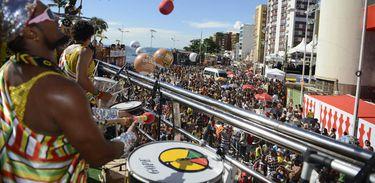 Salvador - Olodum anima o carnaval na capital baiana