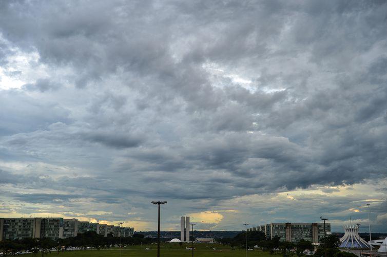 Esplanada dos Ministérios, Congresso Nacional, Catedral de Brasília