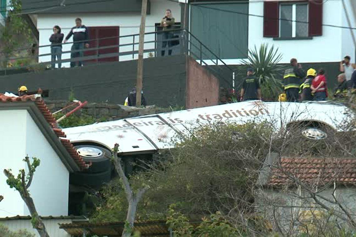 Acidente, ônibus, Portugal