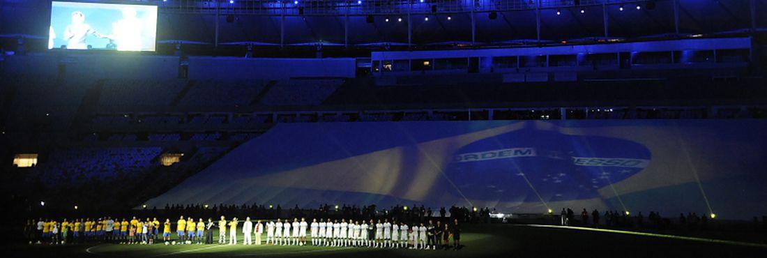 Times na reinauguração do Maracanã