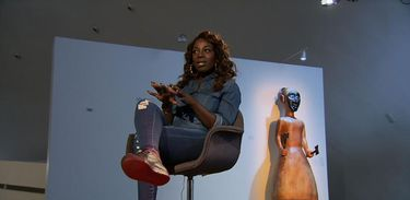 """""""Nasci para brilhar"""", diz Titica, cantora trans angolana"""