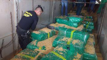 Policiais do Departamento de Operações de Fronteira (DOF) apreendem 10,7 toneladas de maconha (DOF-Sejus-MS)