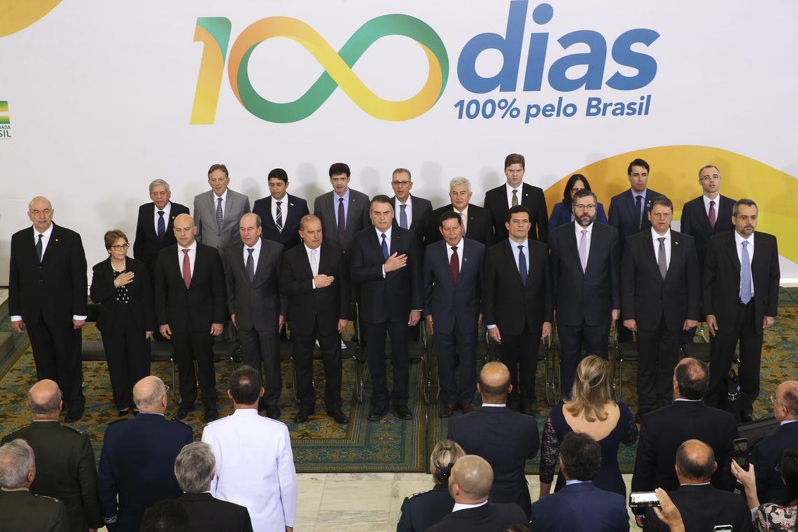 O presidente Jair Bolsonaro participa da cerimônia sobre os 100 dias de governo