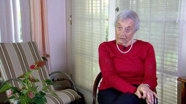 Nanette Konig foi colega de escola de Anne Frank