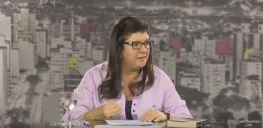 Psicanalista Maria Livia Tourinho Moretto no Café Filosófico