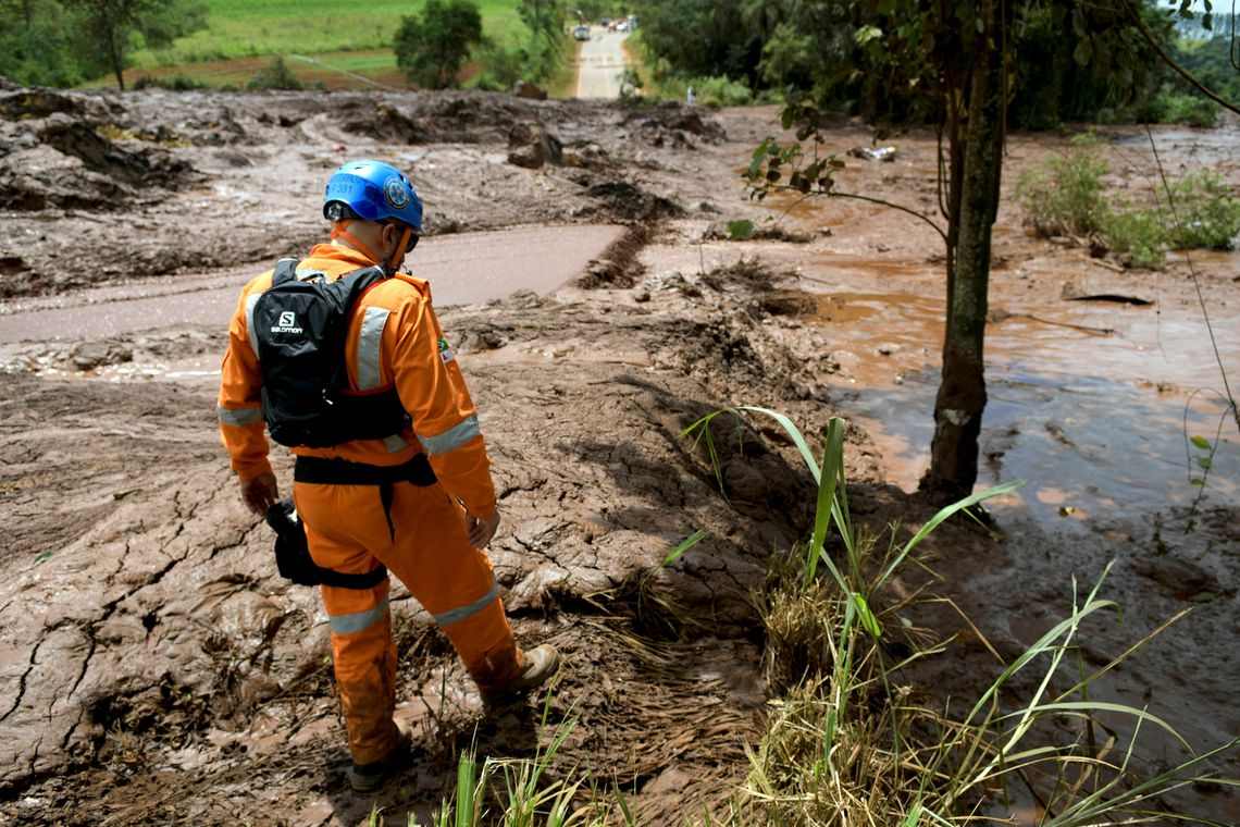 A rescue worker is seen after a dam, owned by Brazilian miner Vale SA, burst in Brumadinho, Brazil January 26, 2019. REUTERS/Washington Alves