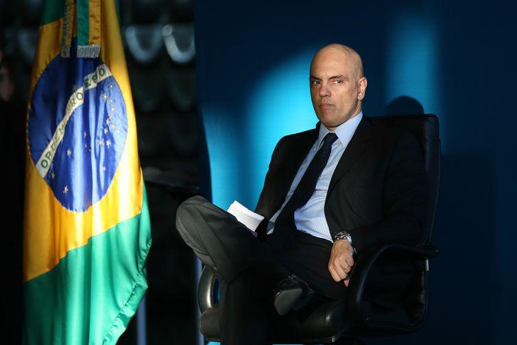 Brasília - Ex-ministro Alexandre de Moraes, que vai para o STF, durante transmissão do cargo ao novo ministro da Justiça e Segurança Pública, Osmar Serraglio (Fabio Rodrigues Pozzebom/Agência Brasil)