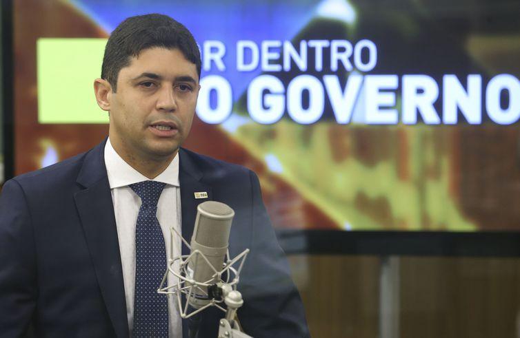 Brasília - O Ministro Vagner Rosário, da Transparência e Controladoria-Geral da União (CGU), dá entrevista ao programa Por Dentro do Governo,  da TV NBR.