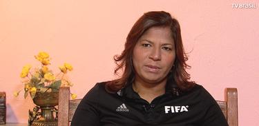 Regildenia é árbitra da FIFA