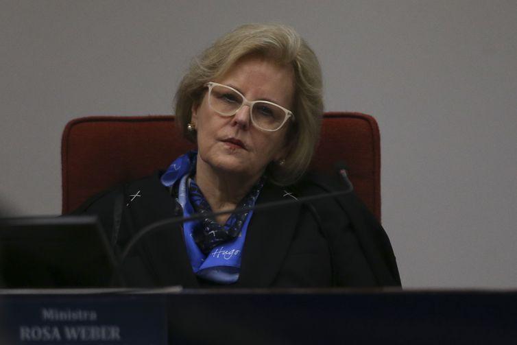 A ministra Rosa Weber durante audiência pública no Supremo Tribunal Federal sobre descriminalização do aborto.