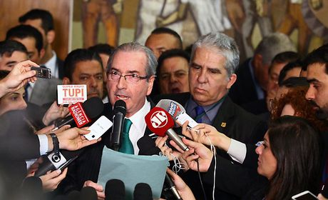 Eduardo Cunha renúncia à Presidência da Câmara