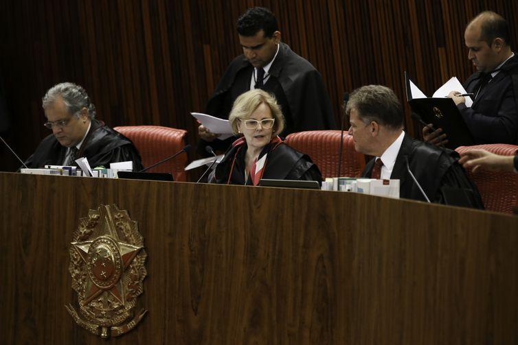 A presidente do TSE, Rosa Weber durante sessão plenária para o julgamento de processos. Na pauta, análise de representações e recursos relativos às Eleições 2018, entre outras matérias.