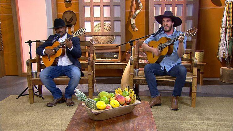 Zé do Ouro & Bigaton cantam uma boa roda de viola na TV Brasil