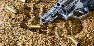 Arma de fogo e balas