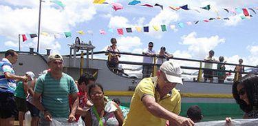 Espécies nativas de peixes são lançadas ao Rio São Francisco - Divulgação/Codevasf