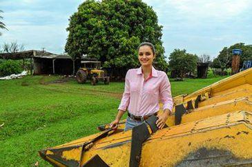 Valéria Turozi cursa atualmente a especialização em Manejo da Fertilidade do Solo e do Estado Nutricional das Culturas