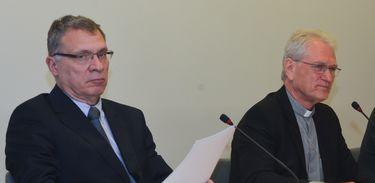 Brasília - A CNBB promove ato contra a intolerância política. Participam do encontro o ministro da Justiça, Eugênio Aragão, o secretário-geral da CNBB, dom Leonardo Ulrich Steiner, o procurador dos Direitos do Cidadão, Aurélio Veiga Rios, e