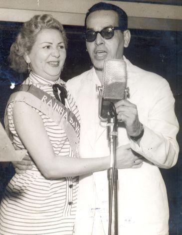 Dalva de Oliveira e Paulo Gracindo na Rádio Nacional
