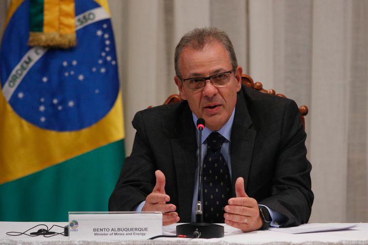 O ministro de Minas e Energia, Bento Albuquerque fala durante Fórum de Energia Brasil – Estados Unidos, na Escola Superior de Guerra, no Rio.