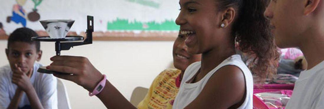 Estudantes cariocas aprendem sobre cinema