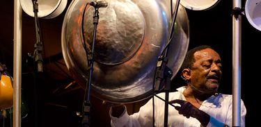 Morre percussionista Naná Vasconcelos