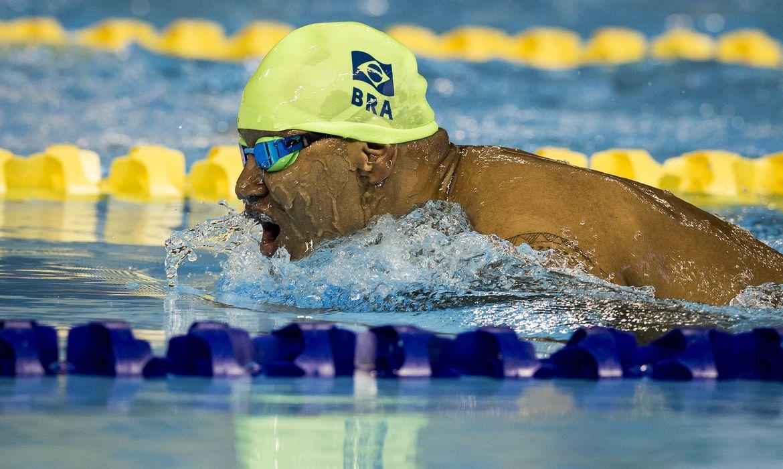 O nadador paralímpico Ronystony Cordeiro é um dos atletas que passaram a integrar a delegação brasileira após a exclusão da Rússia