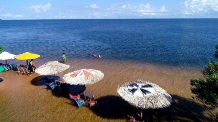Praia de Ponta de Pedras, Alter do Chão (PA)