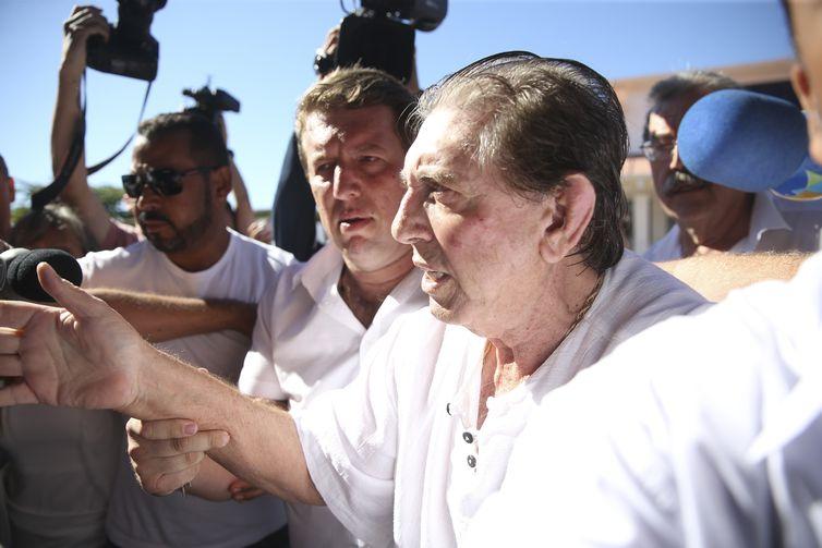 João de Deus chega à Casa Dom Inácio Loyola, em Abadiânia