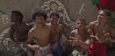 Música da minha vida: O sonho desses adolescentes é formar um grupo de axé music