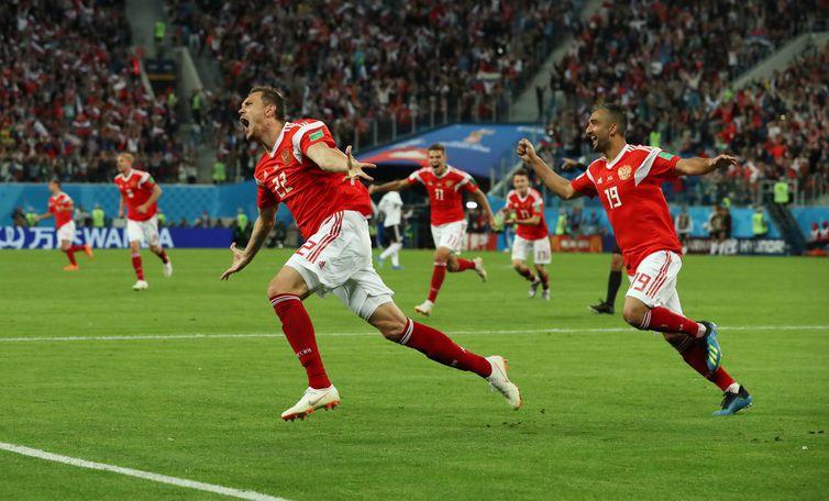 Resultado de imagem para Rússia vence o Egito e garante classificação para as oitavas de final