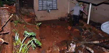 Chuva atinge casas no Paraná (Defesa Civil/Divulgação)