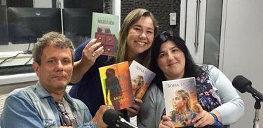Uma escritora portuguesa e um autor brasileiro tem destaque com suas histórias