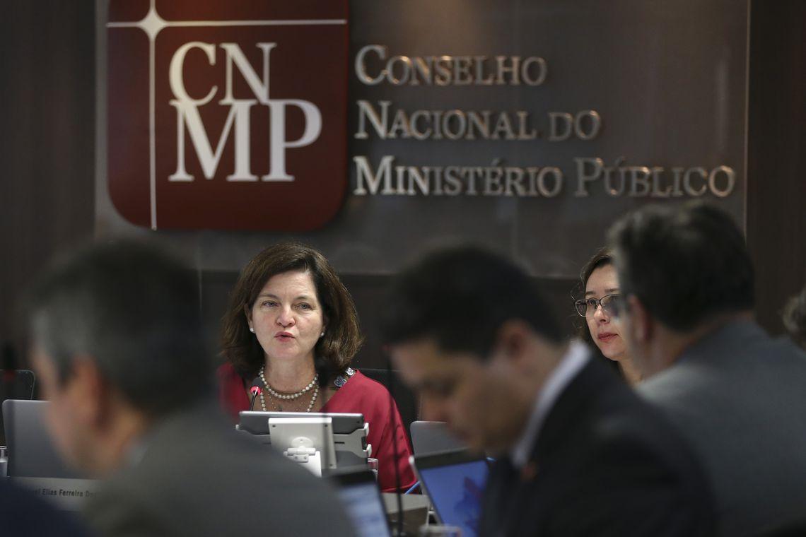 Brasília - A procuradora-geral da República, Raquel Dodge, participa da sessão plenária do Conselho Nacional do Ministério Público (José Cruz/Agência Brasil)