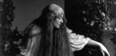 Mary Garden como Mélisande, na ópera Pelléas et Mélisande