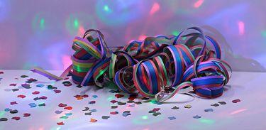 Carnaval - confete e serpentina