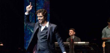 TV Brasil exibe o espetáculo do tenor Thiago Arancam