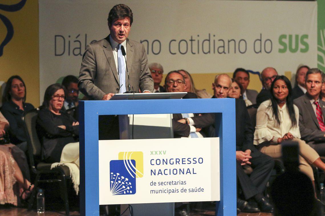 O ministro da Saúde, Luiz Henrique Mandetta, participa da abertura oficial do 35º Congresso Nacional de Secretarias Municipais de Saúde (Conasems), no Centro de Convenções Ulysses Guimarães.