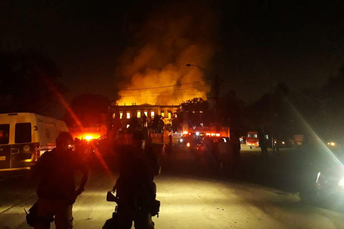 Incêndio atinge prédio do Museu Nacional do Rio de Janeiro, na Quinta da Boa Vista, na zona norte da cidade