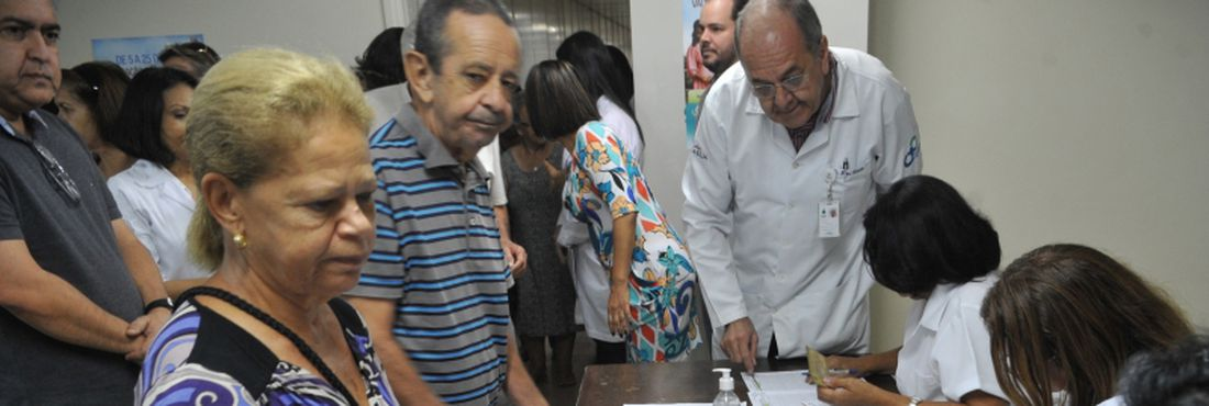 Idosos, em maio, durante vacinação no Distrito Federal em maio.