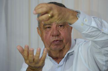 Rio de Janeiro - O presidente da Assembleia Legislativa do Rio de Janeiro, Jorge Picciani, devolve para o governo estadual medidas que constavam no pacote de ajuste fiscal (Tânia Rêgo/Agência Brasil)