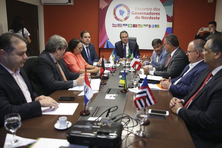 Os integrantes do Fórum dos Governadores do Nordeste se reúnem, na sede do escritório da representação do governo do Ceará, em Brasília