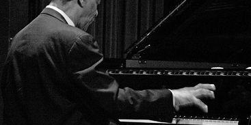 Pianista estadunidense McCoy Tyner