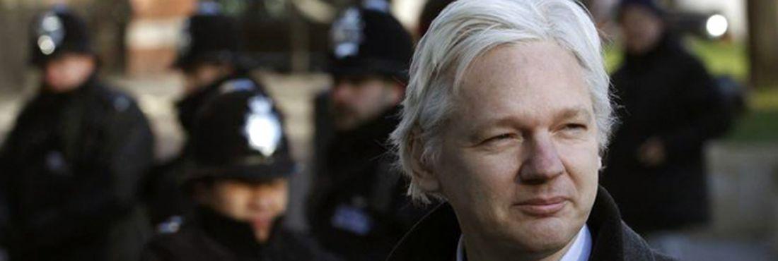 Equador ameaça recorrer ao Tribunal de Haia para garantir asilo político a Assange
