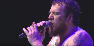 O cantor e compositor Otto mostra seu talento no Verão Show da TV Brasil