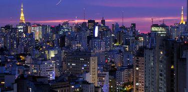 Fragmentos sonoros de São Paulo na obra de Renata Roman