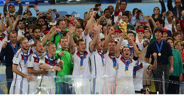 Alemanha levanta a taça da Copa do Mundo de 2014