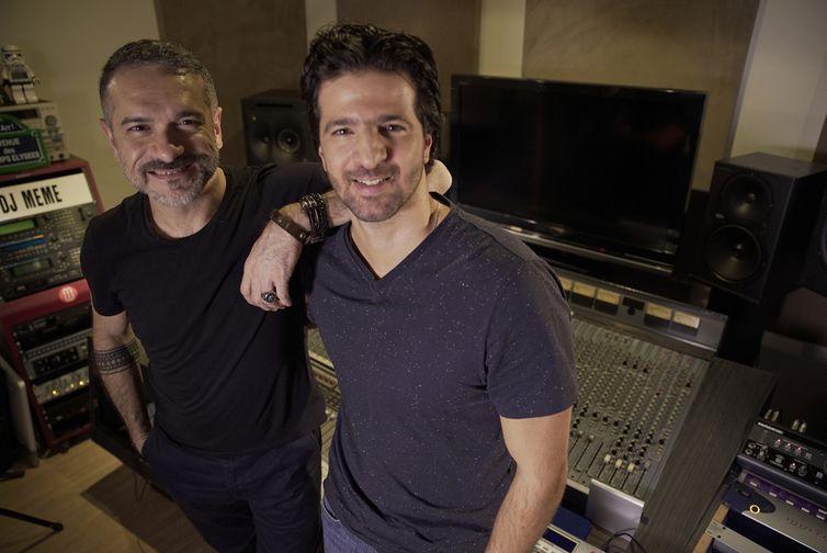 DJ Meme e Maurício Pacheco no Segue o Som