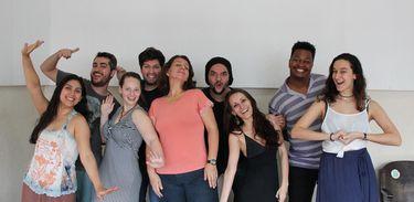 Cantores do projeto Ópera na UNIRIO, coordenado por Carol MacDavit